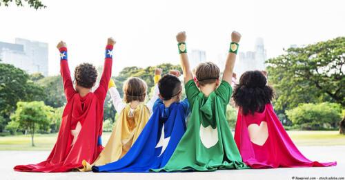 superhelden-party-kinder